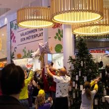 Flashmob i Kungens kurva Foto: Panorama UF.