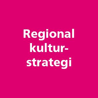 Rosa platta med texter regional kulturstrategi